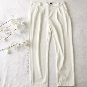 NWOT Off White Pleated Front Pants